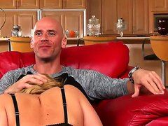 бесплатное порно жена заставляет мужа сосать
