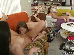 Порно видео лесби кастинг