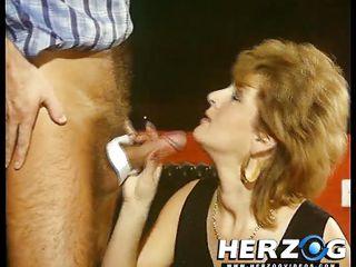 Порно бдсм в рот