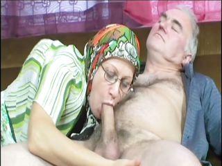 Порно бабушки оргазм